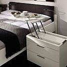 Soluções criativas para ganhar design e espaço em seus móveis - Criado mudo mordomo
