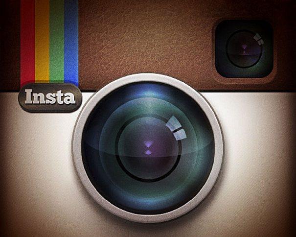 A rede social de fotos Instagram, foi comprada pelo Facebook por 1 bilhão de dolares